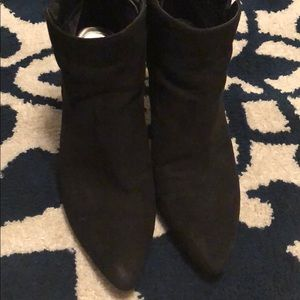 faux suede Sam & Libby booties